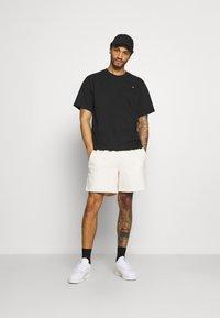 adidas Originals - PREMIUM TEE UNISEX - T-shirt basique - black - 1
