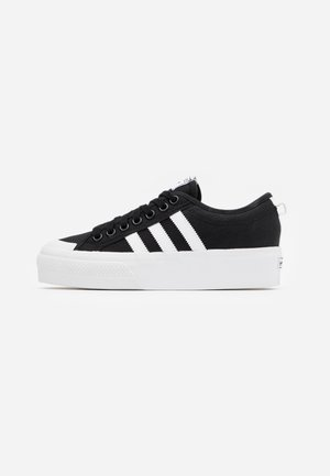 NIZZA PLATFORM - Sneaker low - core black/footwear white