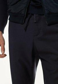 Massimo Dutti - CASUAL FIT - Trousers - dark blue - 2