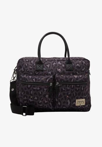 DIAPER BAG KIDZROOM CARE LEOPARD LOVE - Taška na přebalování - black