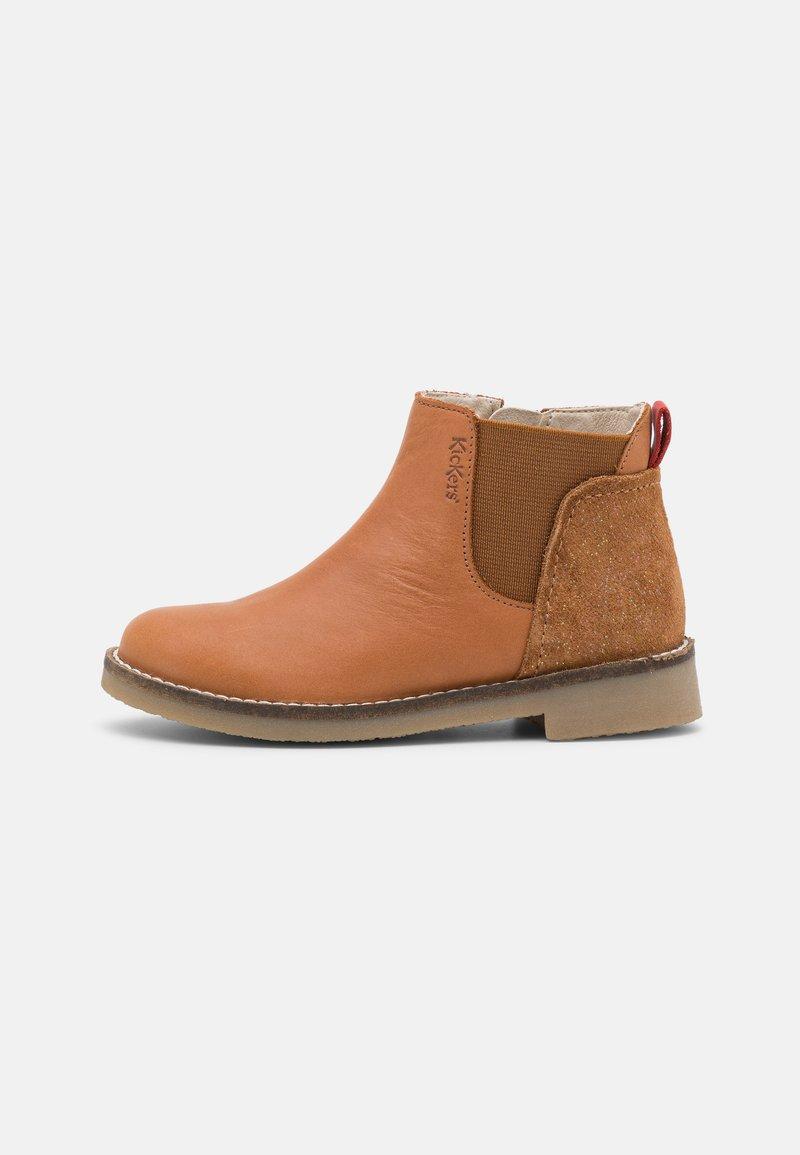 Kickers - NYCCO - Kotníkové boty - camel fantaisie