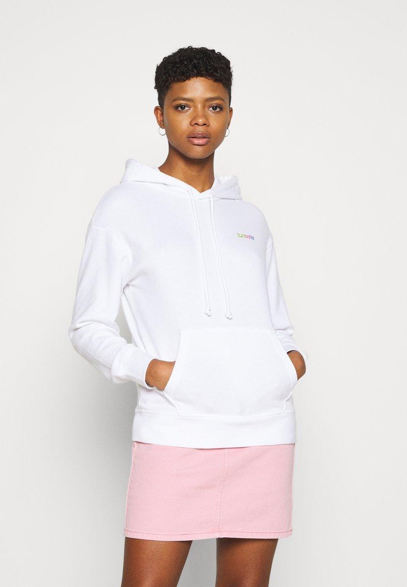 Levi's® - GRAPHIC STANDARD HOODIE - Hoodie - rainbow/white