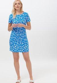 Sugarhill Brighton - ARIANE IKAT LEOPARD - Jersey dress - blue - 1