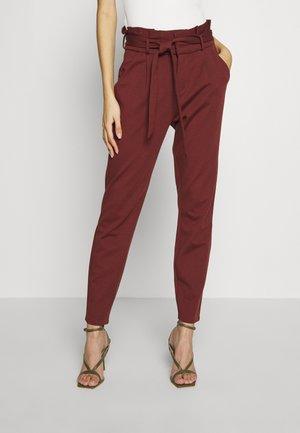 VMEVA LOOSE PAPERBAG PANT - Pantalones - sable
