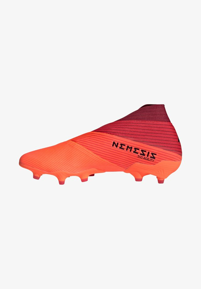 Moulded stud football boots - rot