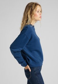 Lee - CREW - Sweatshirt - washed blue - 3