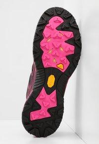Scarpa - NEUTRON 2  - Scarpe da trail running - black/pink glow - 4