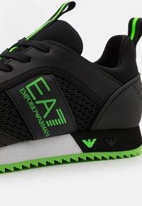 EA7 Emporio Armani - UNISEX - Trainers - black/neon green - 5