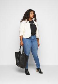 Levi's® Plus - 311 SHAPING SKINNY - Jeans Skinny Fit - rio falls plus - 1