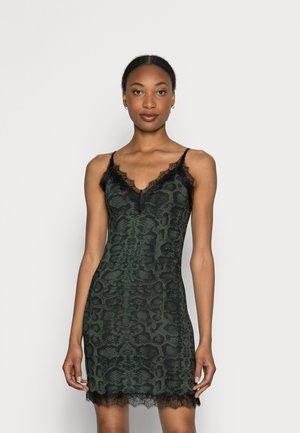 STRAP DRESS - Jerseykleid - dark pine