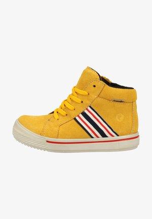 Zapatillas - gelb 762