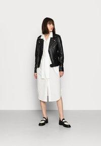 Mos Mosh - ASLAUG SHIRT DRESS - Košilové šaty - offwhite - 1