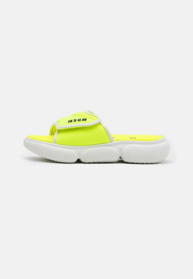 Pantolette flach - neon yellow