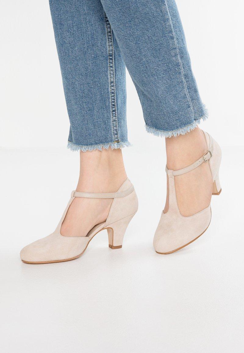 LAB - Classic heels - sand