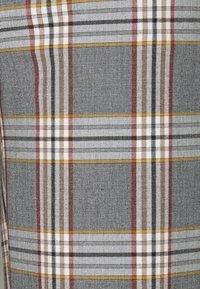 J.CREW - PEYTON PANT IN PLAID - Trousers - bronzed ochre/rust - 6
