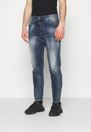 D-FINING - Straight leg jeans - medium blue