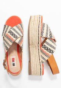mtng - NEW TESSY - Espadrilky - coral - 3