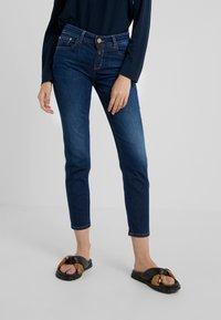 CLOSED - BAKER - Džíny Slim Fit - dark blue - 0