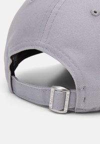 New Era - COLOUR ESSENTIAL FORTY - Cap - gray/black - 3