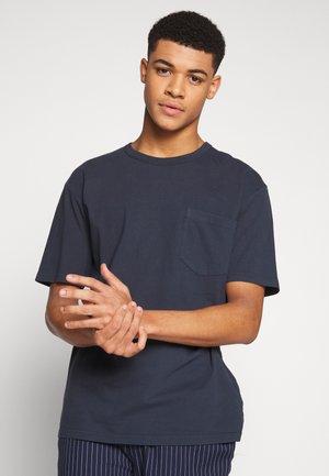 HARIS  - Basic T-shirt - dark saphire