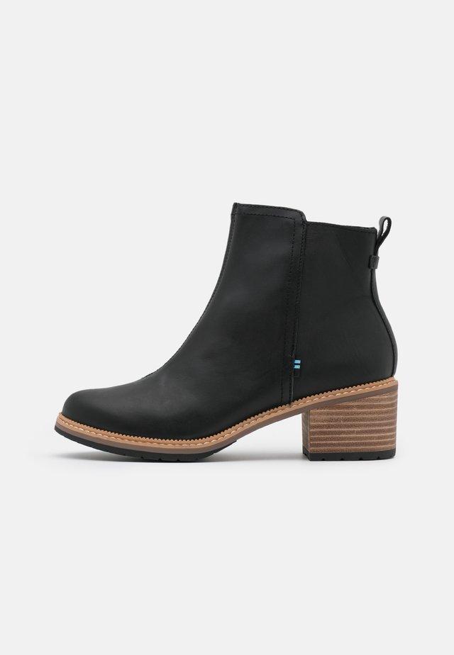 MARINA - Korte laarzen - black