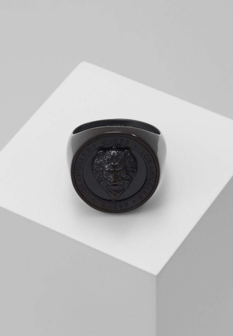 Guess - LION HEAD COIN RING  - Ring - black ip
