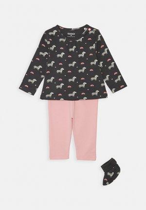 SET - Foulard - dark grey/pink