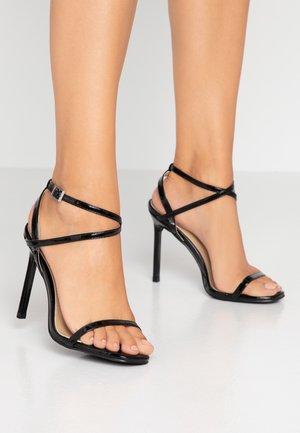 CAROLYN - Sandali con tacco - black