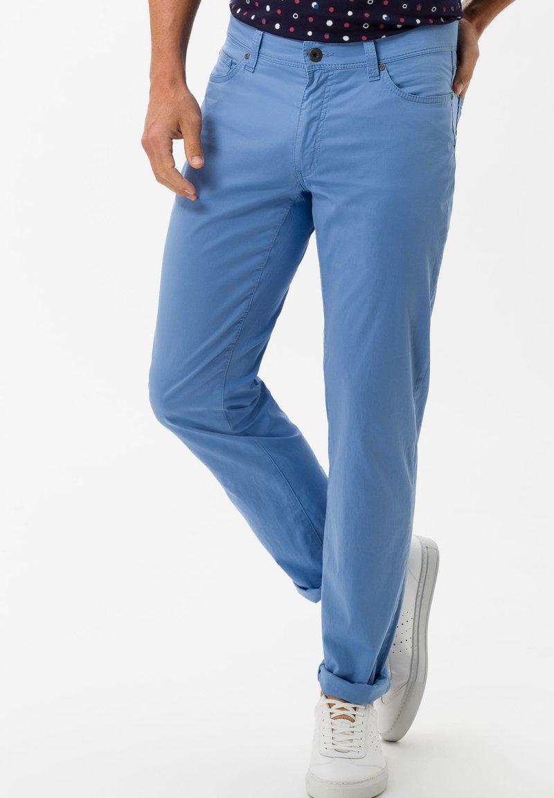 BRAX - STYLE CADIZ - Slim fit jeans - arctic