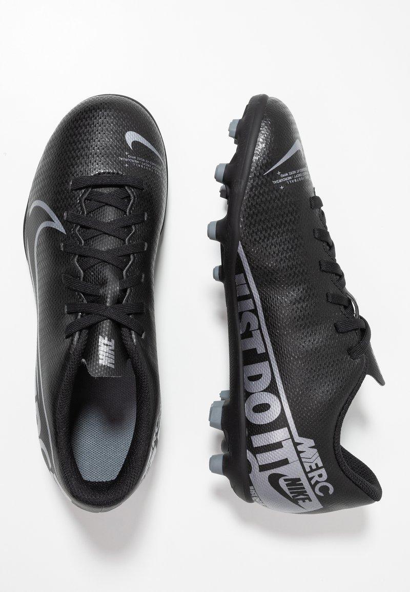 Nike Performance - MERCURIAL JR VAPOR 13 CLUB FG/MG UNISEX - Moulded stud football boots - black/metallic cool grey/cool grey