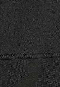 Won Hundred - LILOU CREW WASH - Mikina - washed black - 2