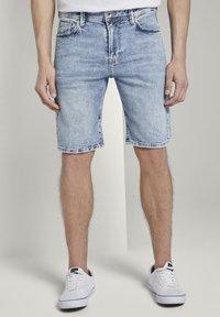 TOM TAILOR DENIM - Denim shorts - used bleached blue denim - 0