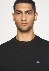 Calvin Klein - LOGO WAISTBAND - Felpa - black - 3