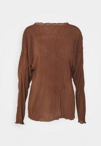 Long sleeved top - choclate brown