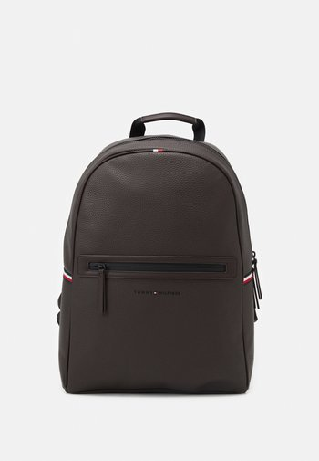 ESSENTIAL BACKPACK UNISEX