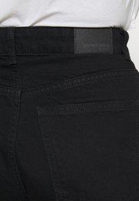 Gina Tricot - DAGNY MOM - Shorts di jeans - black - 3