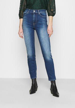 ONLISABEL LIFE - Slim fit jeans - medium blue denim