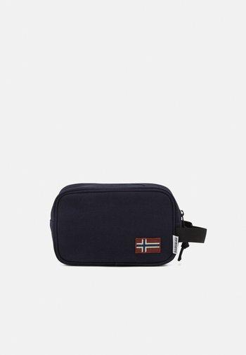 HERING POUCH - Wash bag - blu marine