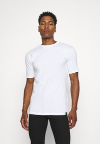Newport Bay Sailing Club - 5 PACK - T-shirts basic - black/white/grey marl/khaki/navy - 1