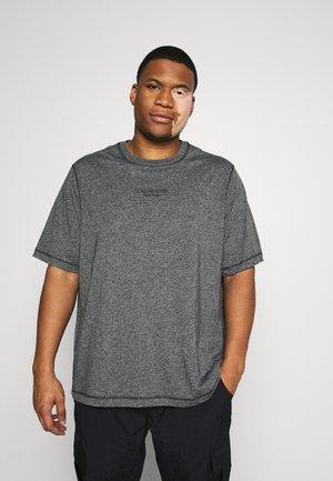 SMALL LOGO - Basic T-shirt - black