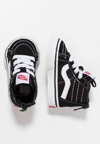 Vans - TD SK8 ZIP - Chaussures premiers pas - black/white - 0