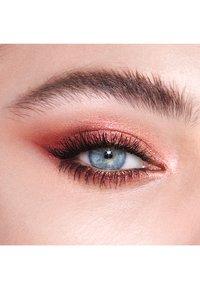 Charlotte Tilbury - INSTANT EYE PALETTE - Eyeshadow palette - bejewelled eyes to hypnotise - 3