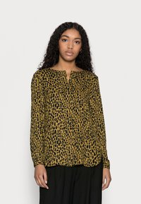 VILA PETITE - VILUCY SHIRT - Button-down blouse - butternut wild - 0