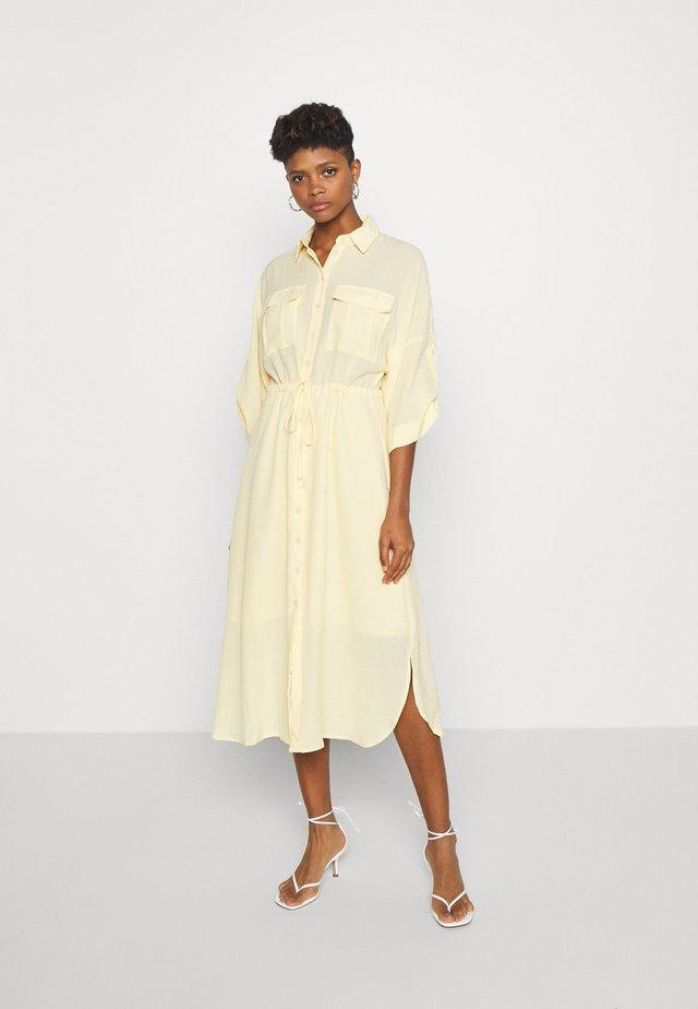 SPINOSIA DRESS - Robe chemise - rattan