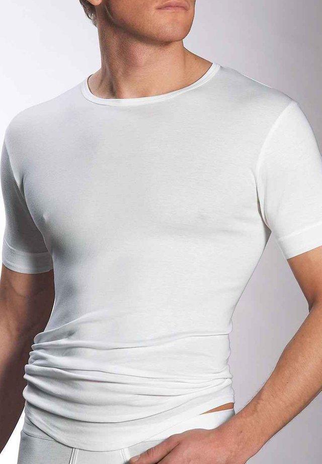 HALBARM - Undershirt - weiß