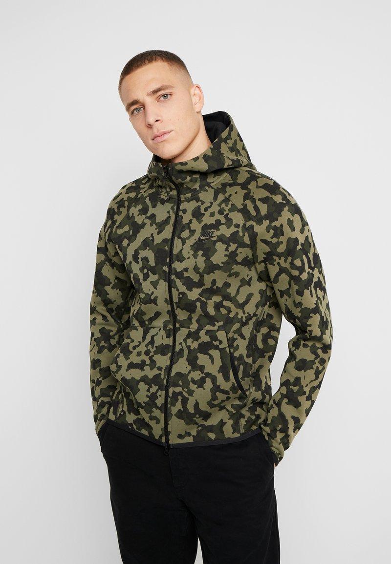 Nike Sportswear - HOODIE  - Felpa aperta - medium olive/black