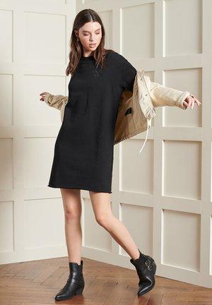 CRAFTED FOLK - Jumper dress - black