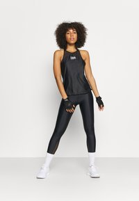 Under Armour - ISO CHILL TANK - Top - black - 0