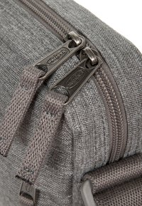 Eastpak - THE ONE MUTED - Schoudertas - muted grey - 4