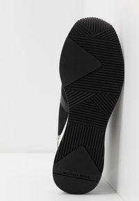MICHAEL Michael Kors - LIV TRAINER - Sneaker low - black - 6